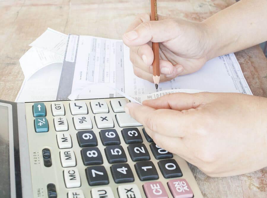 Für die Berechnung der Rentenversicherung müssen mehrere Faktoren beachtet werden